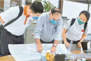 简直一切时刻都在老挝卫生部和定点医院我国专家诚心和咱们在一起
